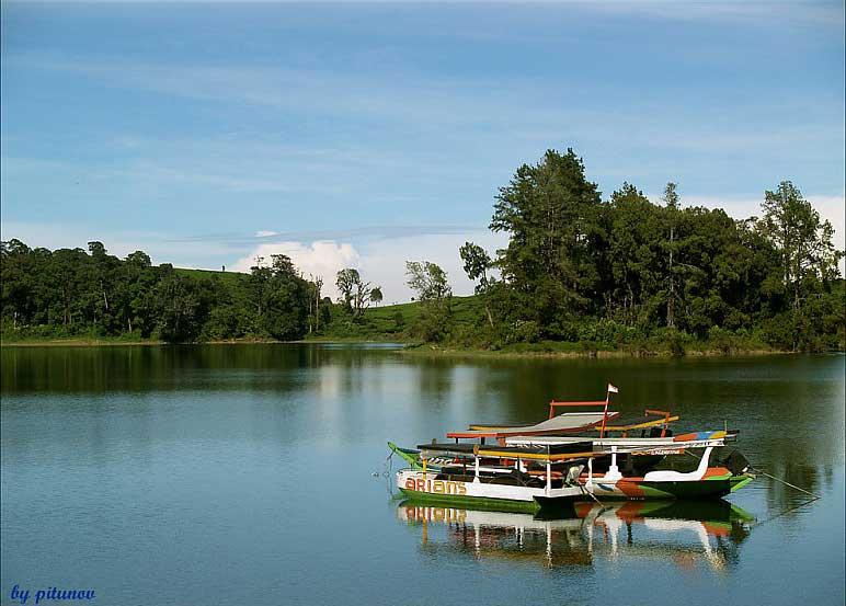Wisata Alam di Bandung - Situ Patenggang