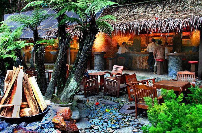 Tempat wisata di lembang kampung daun