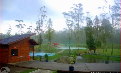 Pemandian Air Panas Waterboom Ranca Upas
