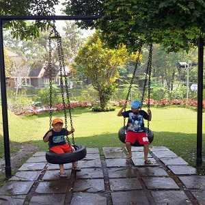 Tempat Wisata Anak di Bandung Miss Bee Providore