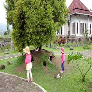 Tempat Wisata Anak di Bandung Taman Kelinci Ciwidey