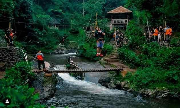 Curug Tilu Leuwi Opat Cisarua lembang Bandung Barat