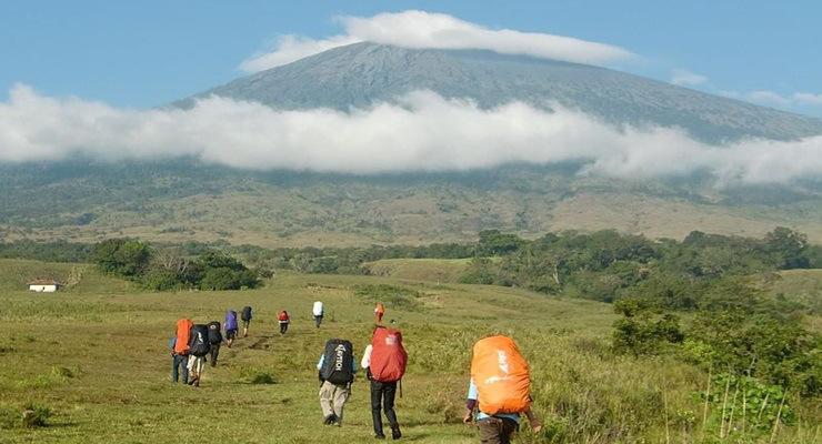 Jalur Rute Pendakian Gunung Malabar