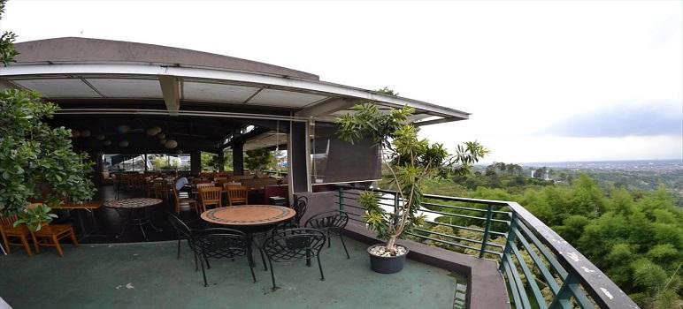 Tempat Makan Romantis Di Bandung Congo Cafe