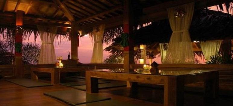 Tempat Makan Romantis Di Bandung Stone Cafe
