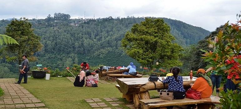Tempat Makan Romantis Di Bandung D'Pakar