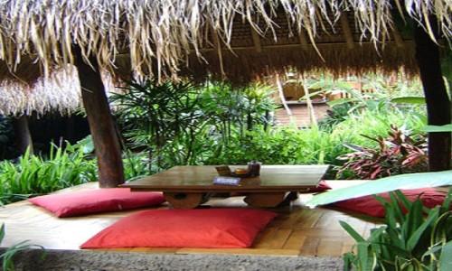 Tempat Makan Romantis Di Bandung Sapu Lidi Cafe & Resto