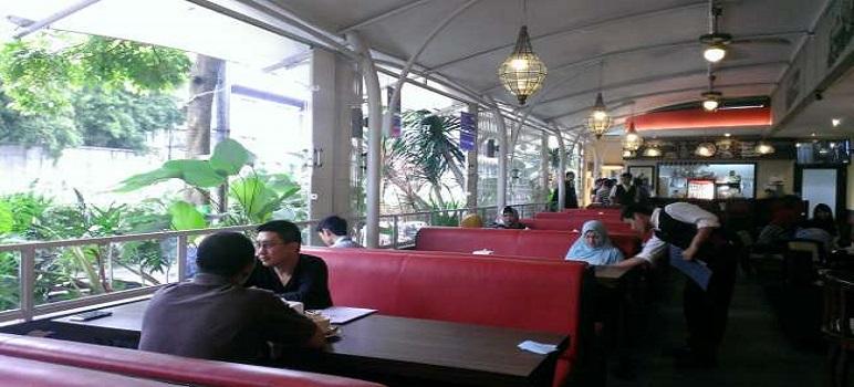 Tempat Makan Unik Di Bandung Terra Walk Station