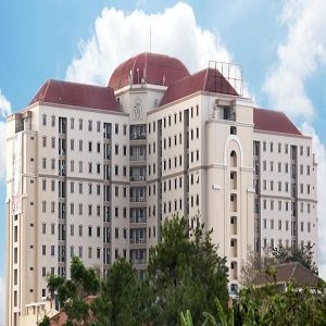 Hotel Di Pasteur Bandung The Majesty Busines & Family