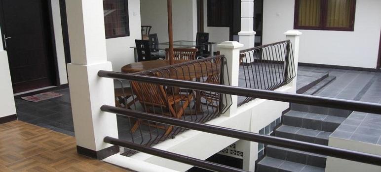 Hotel Murah Di Bandung Bantal Guling Gatsoe