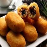 Makanan Khas Bandung Combro