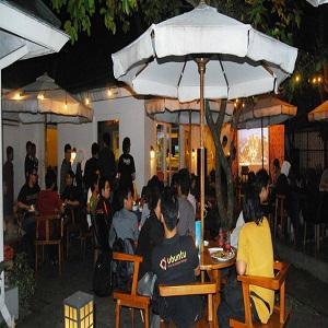 Tempat Nongkrong di Bandung Siete