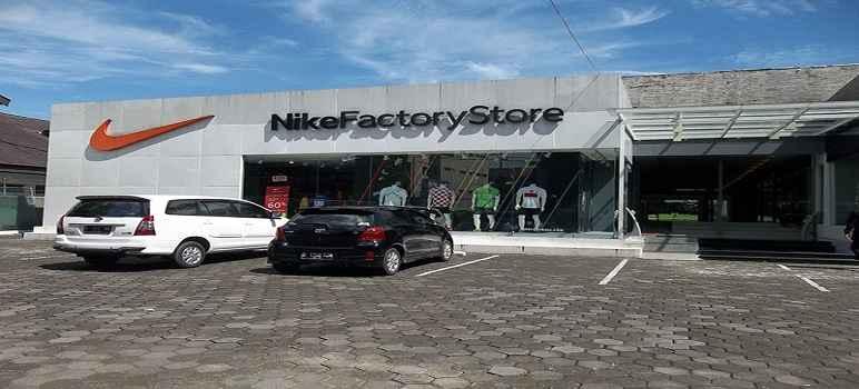 Nike Store Bandung
