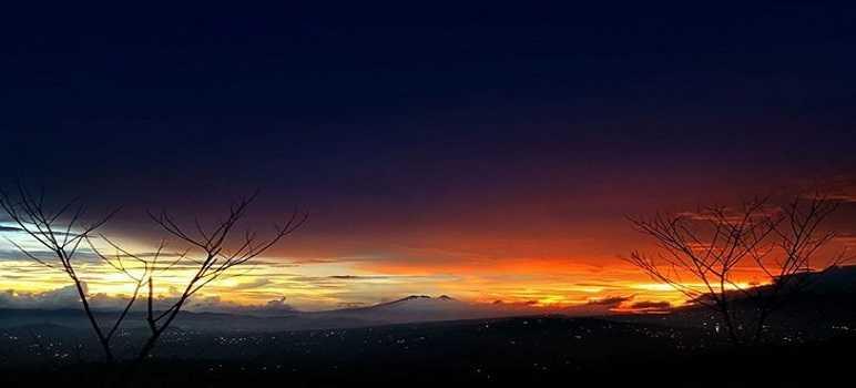 Sunset di Bukit Moko Bandung