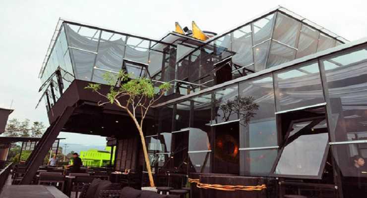 Resto & Cafe Takigawa Bandung Meatbar In The Sky