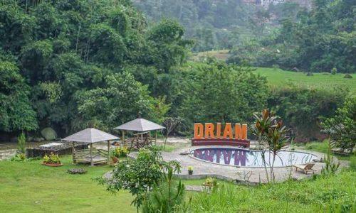 D'Riam Riverside Resort Ciwidey
