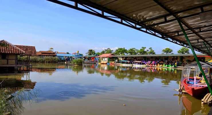 Floating Market Villa Kancil
