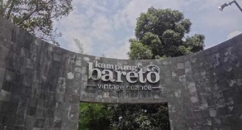 Kampung Bareto Resto & Cafe Bandung