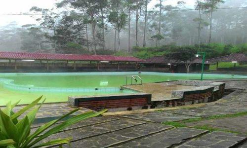 Kolam Pemandian Air Panas Emte Highland Resort Ciwidey