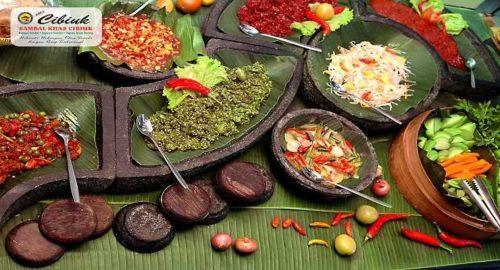 Rumah Makan Khas Sunda Cibiuk Bandung