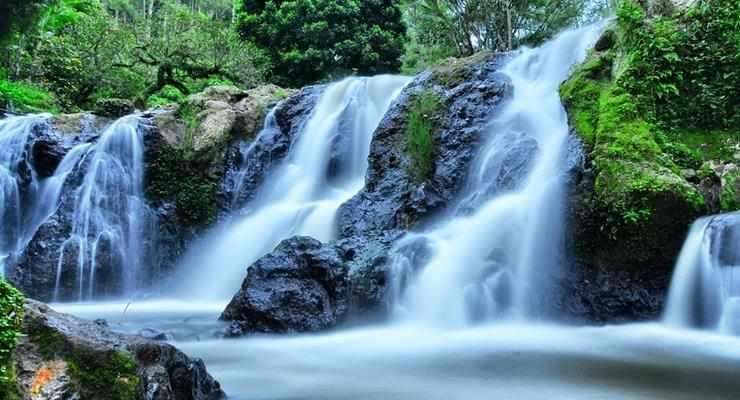 Inilah 9 Tempat Wisata Air  Terjun  di Bandung  Terpopuler