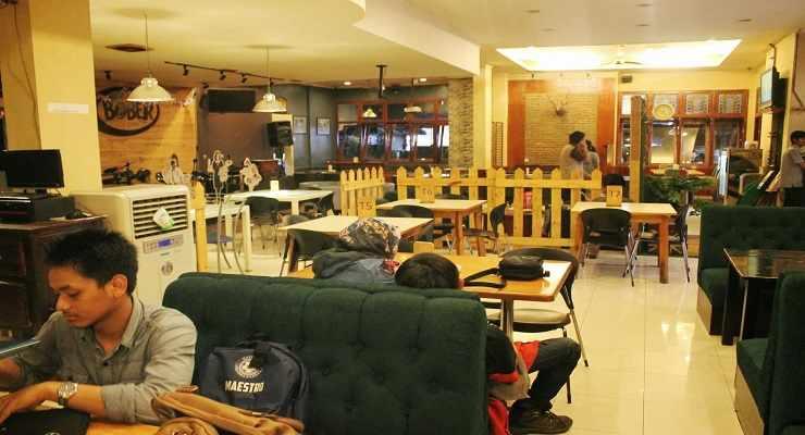 Fasilitas Bober Cafe Bandung