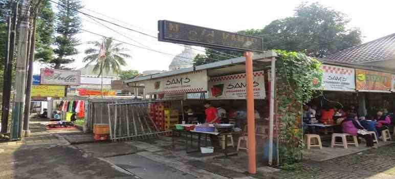 Sam's Strawberry Corner Bandung