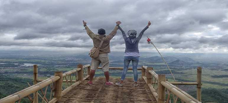 Bukit Gantole Cililin Bandung Barat