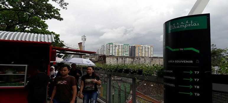 Pembangunan Skywalk Cihampelas Bandung