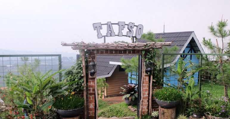 Tafso Barn cafe di Punclut Bandung