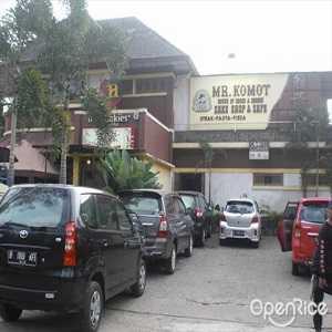 Toko Kue Mr Komot Bandung