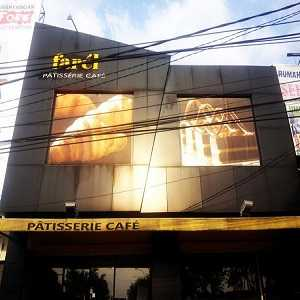 Toko Kue di Bandung Farel