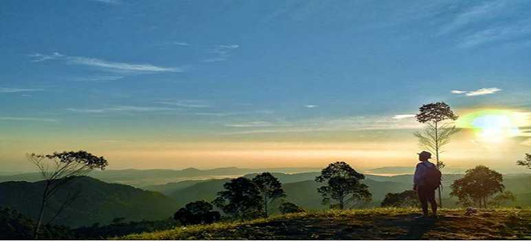 Sunset dan Sunrise di Puncak Eurad Pingping Lembang