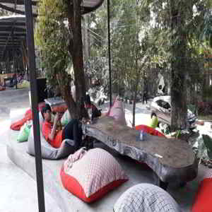 Banyu Leisure Park Cafe Bandung