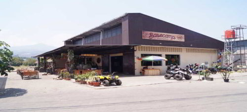 Basecamp Food Factory Cafe Ujung Berung Bandung