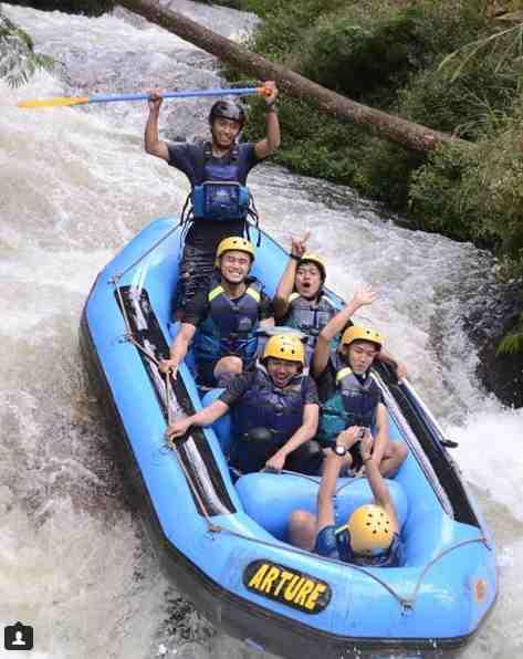 Rafting di Sungai Pangalengan Bandung
