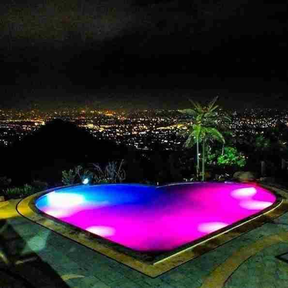 Kolam Aurora Taman Love Soreang Bandung