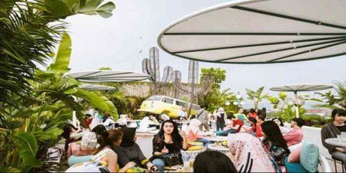 Picknick Kaliki Cafe Bandung