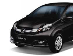 Harga Rental Mobil Mobilio Bandung