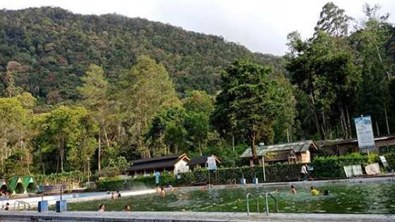 Kolam Renang Cimanggu Ciwidey Hot Spring Bandung