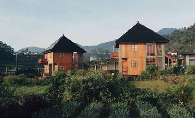 Harga Sewa Villa di Ciwidey Untuk Rombongan dengan Kolam Renang Air Panas Dan Private Pool