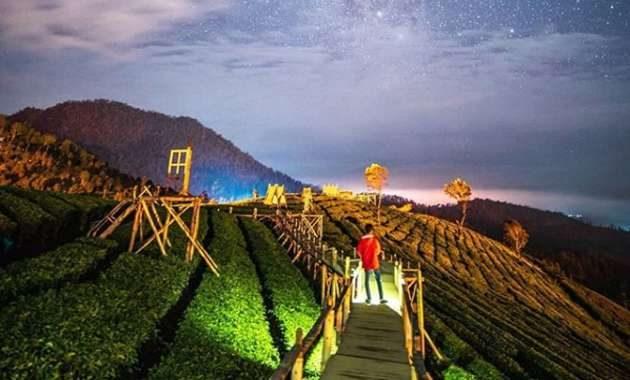 Sunset Wayang Windu Sky Park Malam Hari