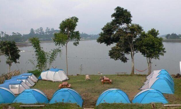 tempat_camping_di_situ_cileunca_pangalengan