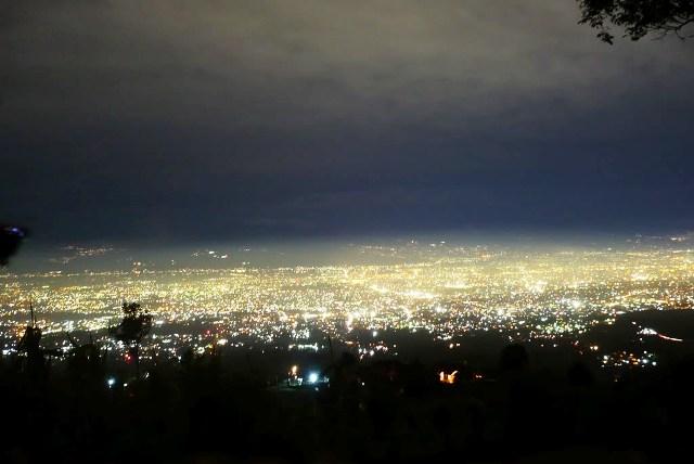 Tempat Wisata Malam di Bandung Caringin Tilu