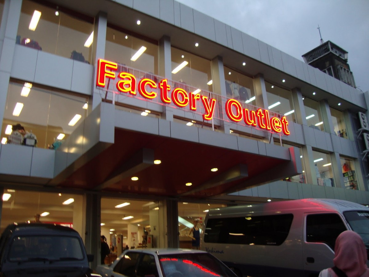 Factory Outlet Di Bandung
