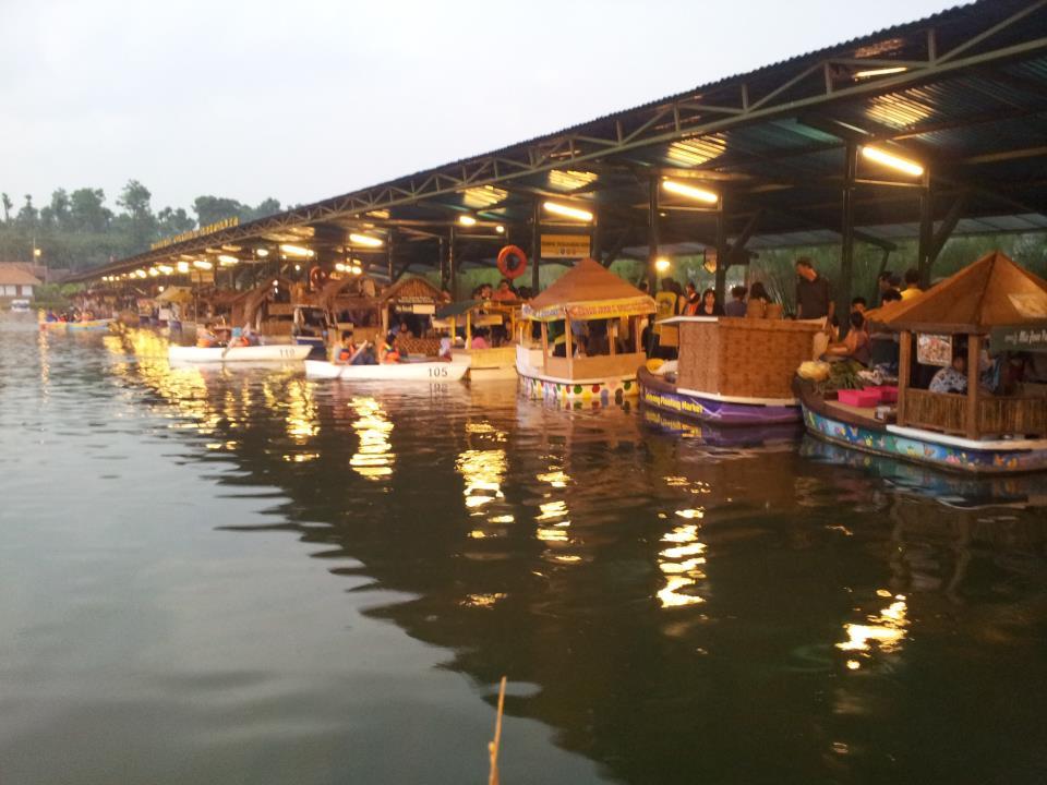 daya tarik wisata floating market lembang bandung