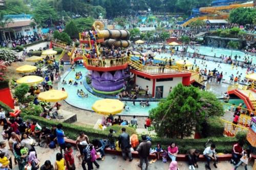 Wisata Bandung Kolam Renang Karang Setra
