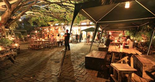Karnivor Bandung